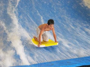 Flowrider-Jacob.jpg